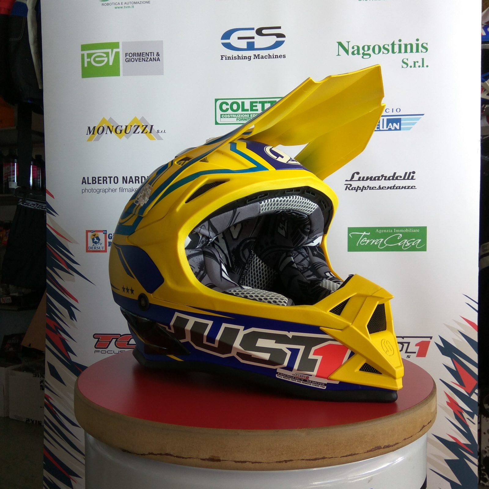 Casco enduro Just1